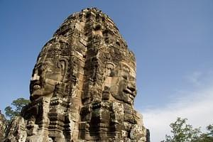Two sides of a Bayon tower